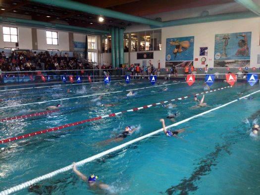 Grand prix propaganda team nuoto sport management alla piscina dugoni di mantova - Piscina trezzano sul naviglio nuoto libero ...
