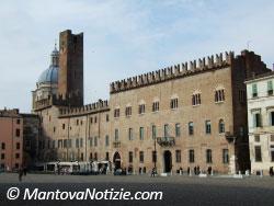 Palazzo Bonacolsi Torre Gabbia Mantova