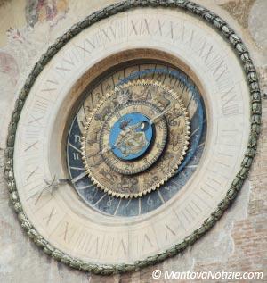 Orologio astronomico Mantova
