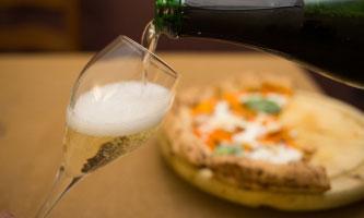 Pizza e bollicine al ristorante Naviglio1974 Goito (MN) 2017