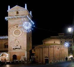 Mantova Rotonda San Lorenzo luminarie 2010