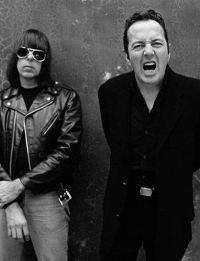 Ramones vs Clash: Aperitivo SoundClash Arci Virgilio Mantova