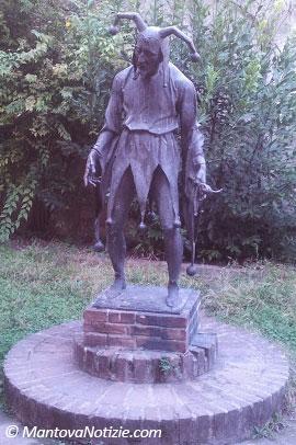 Statua Rigoletto Mantova